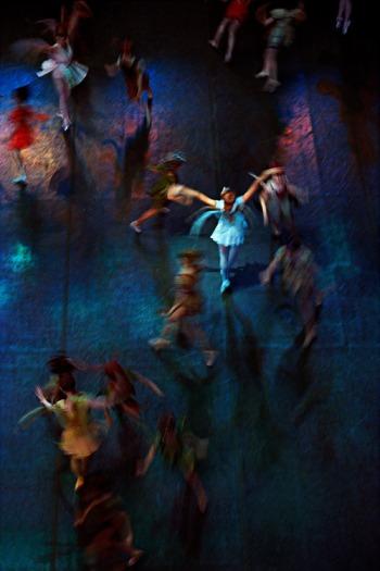 "Henry Leutwyler, ""Ballet"" at Foley Gallery"